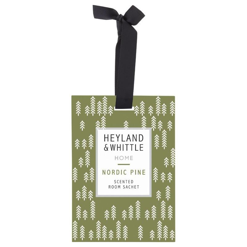 Pakabinamas kvapas namams Heyland & Whittle Home Nordic Pine Scented Room Sachet HW712, 15 g