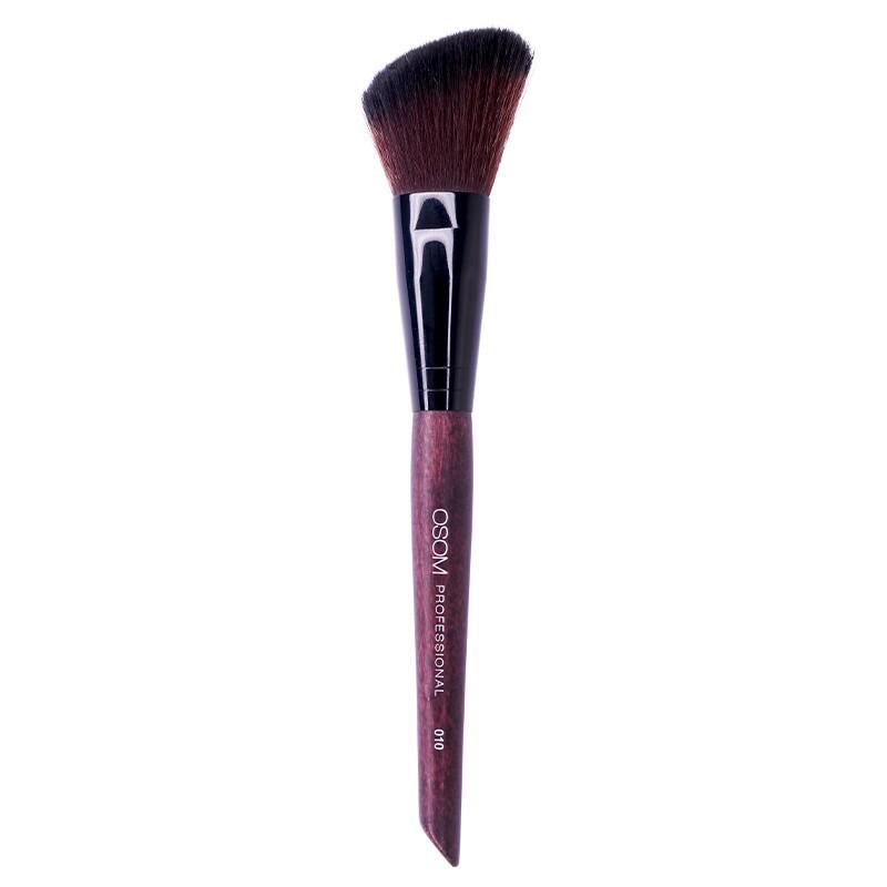 Kosmetinis teptukas OSOM Professional Angled blush brush OSOMCB010, kirstas skaistalams,  itin aukštos kokybės, sintetiniai šereliai