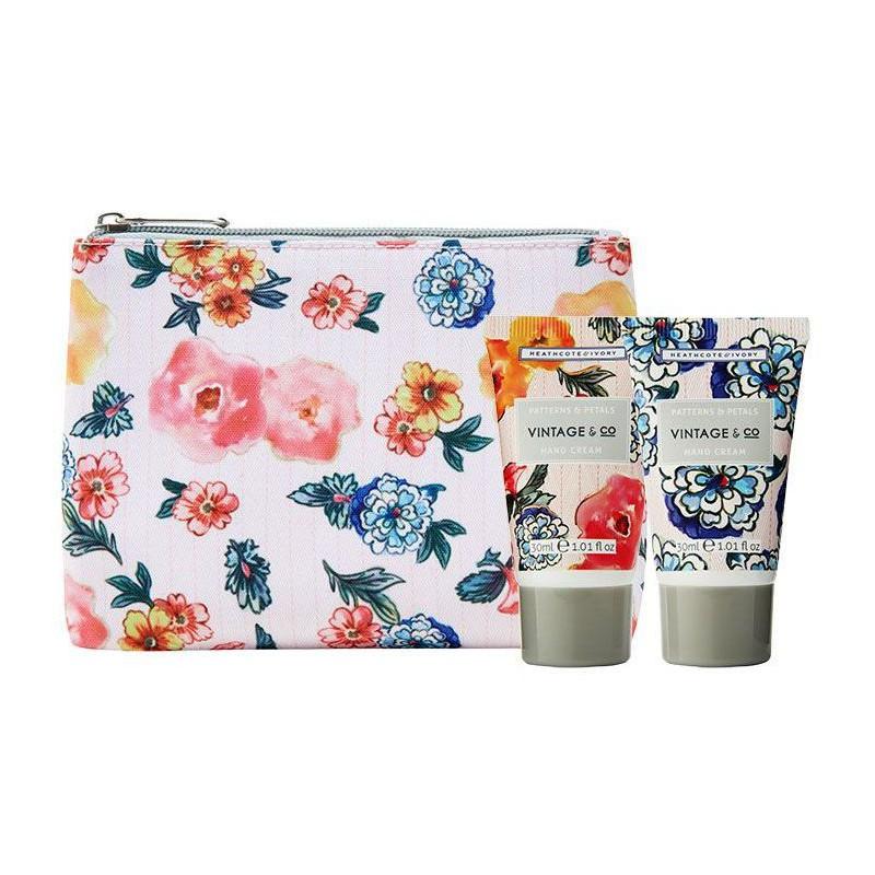 Rinkinys rankoms Heathcote & Ivory Vintage Patterns & Petals Hand Care Set Duo PPFG3033, rinkinį sudaro: du rankų kremai, 2 x 30, ml ir kosmetinė